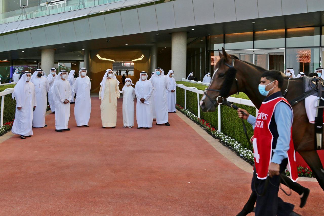صاحب السمو الشيخ محمد بن راشد آل مكتوم - محمد بن راشد يشهد سباق السبت الممتاز للخيول على مضمار ميدان