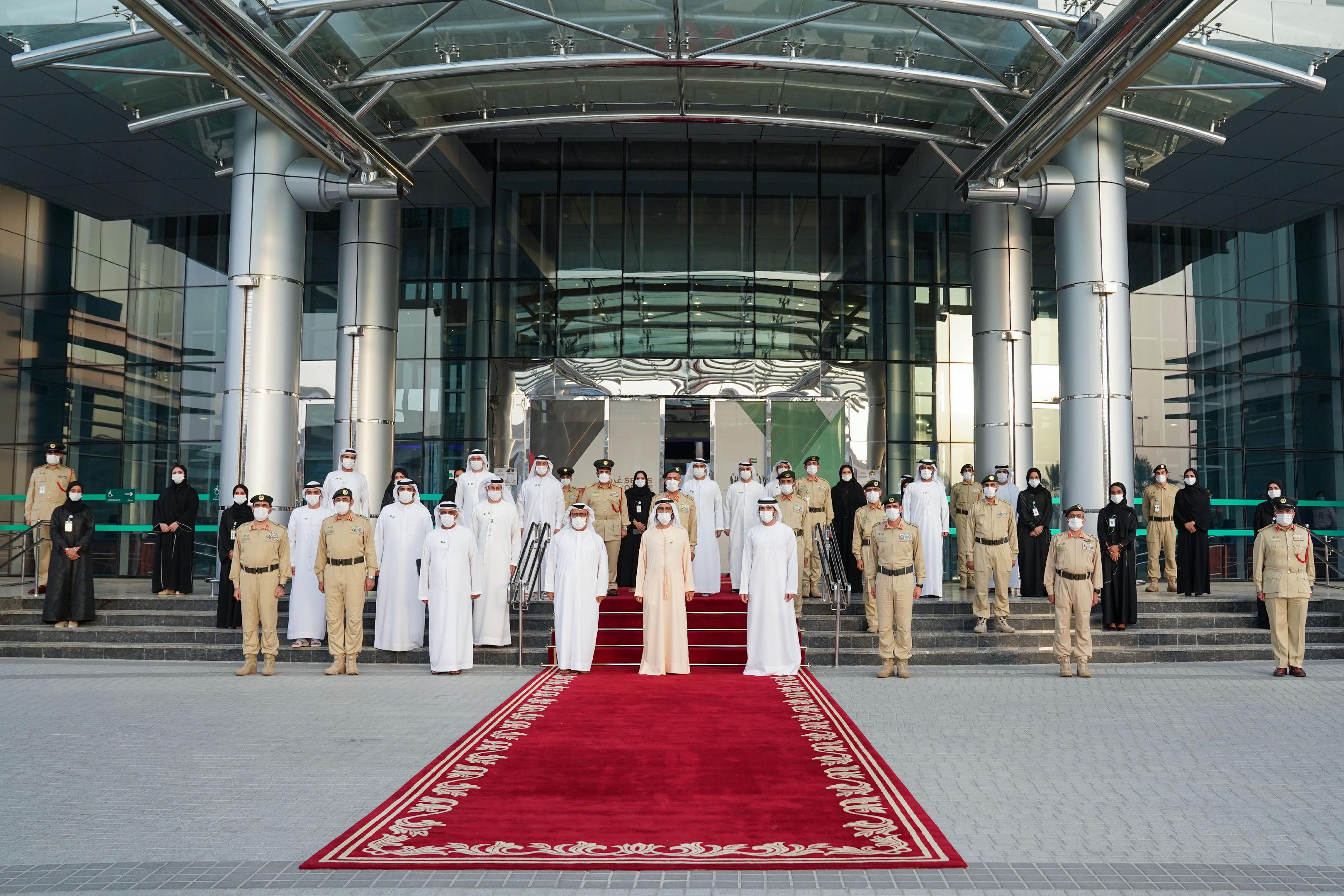 صاحب السمو الشيخ محمد بن راشد آل مكتوم - محمد بن راشد يزور مقر القيادة العامة لشرطة دبي
