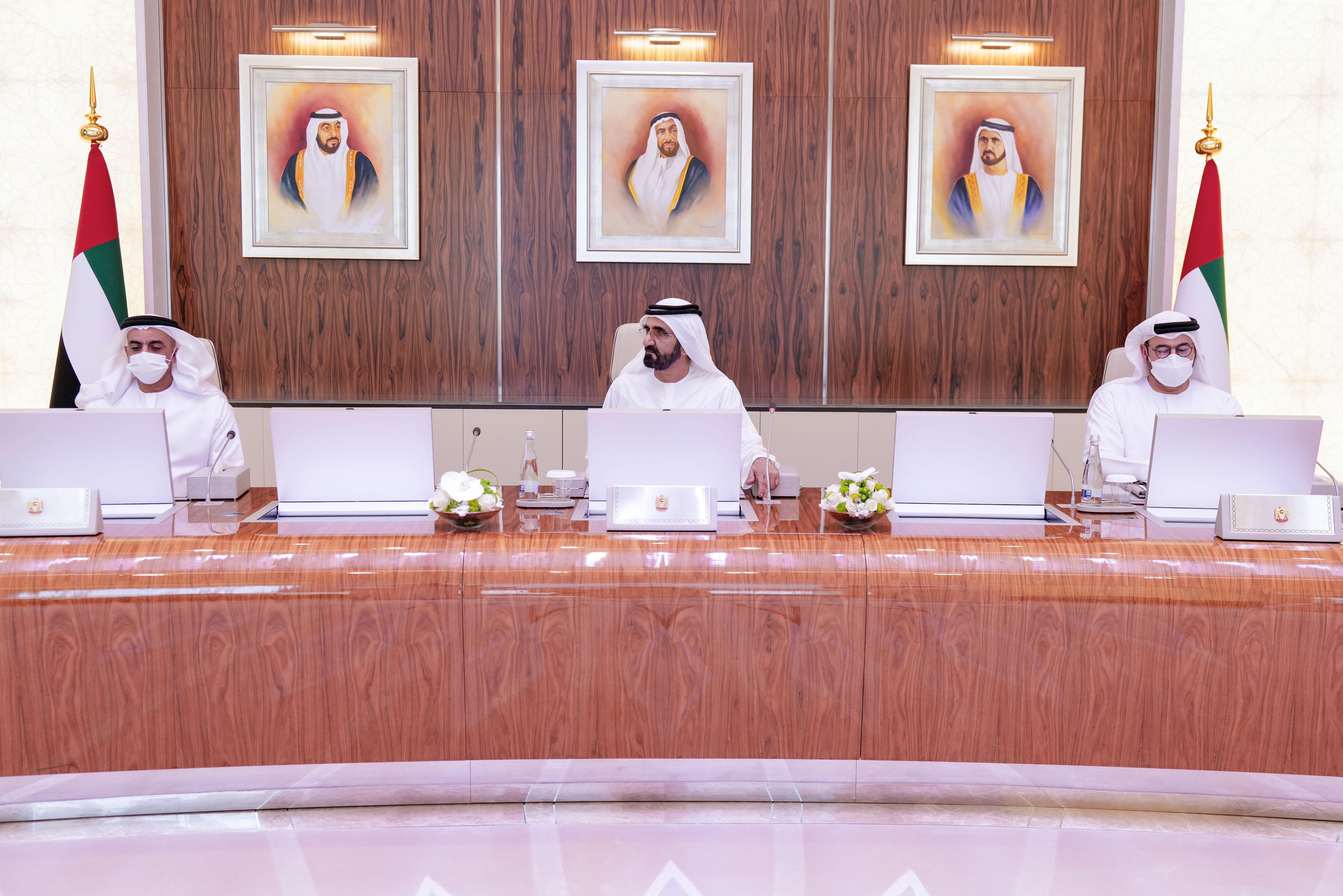 صاحب السمو الشيخ محمد بن راشد آل مكتوم - مجلس الوزراء برئاسة محمد بن راشد يعتمد العمل بمبادئ الخمسين لدولة الإمارات