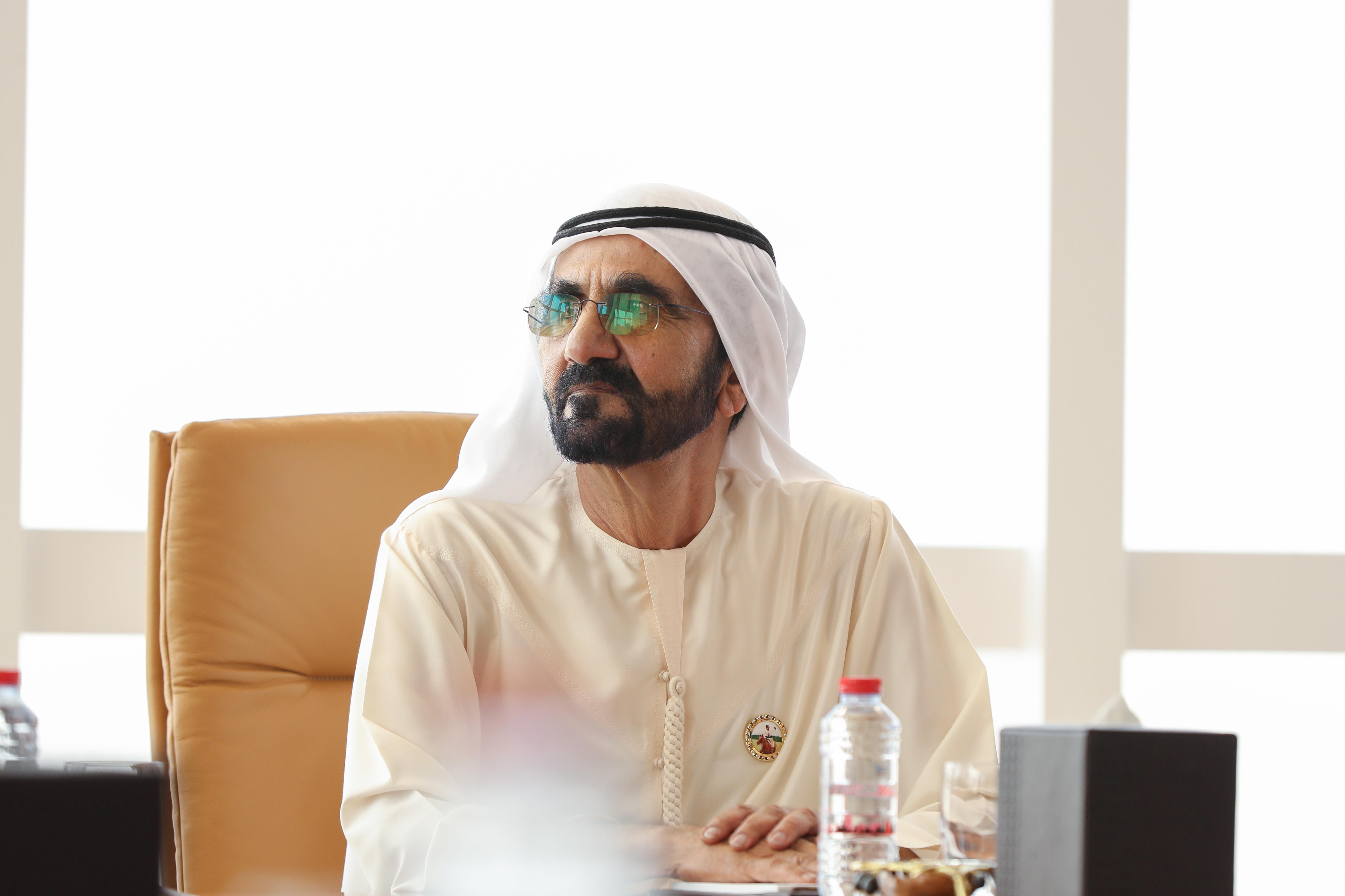 """صاحب السمو الشيخ محمد بن راشد آل مكتوم - محمد بن راشد يصدر قانوناً بنقل """"لجنة دبي للموارد البشرية العسكرية"""" إلى دائرة الموارد البشرية لحكومة دبي"""
