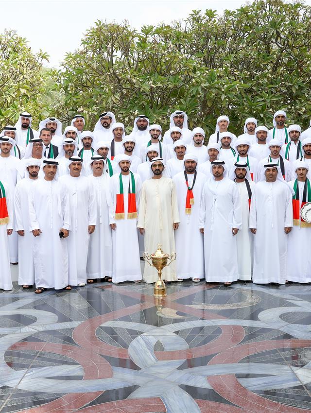 His Highness Sheikh Mohammed bin Rashid Al Maktoum - News - Mohammed bin Rashid receives winners of World Endurance Championship for Young Riders